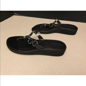 Harley-Davidson Shoes - Womens Harley Davidson Thong Sandals. Size 9.